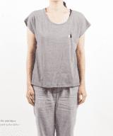 醤油と塩 レディース Tシャツ 女性モデル正面