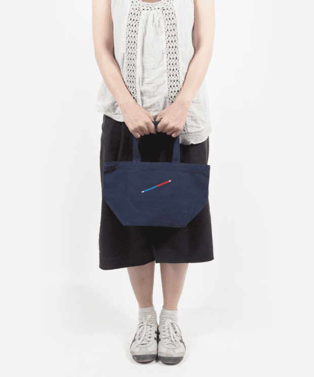 赤青鉛筆 トートバッグ モデル正面