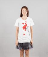 ペイントブラシTシャツ女性モデル正面