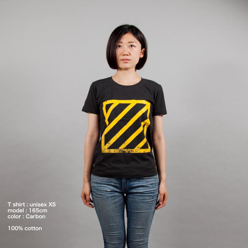安全地帯Tシャツ女性モデル正面