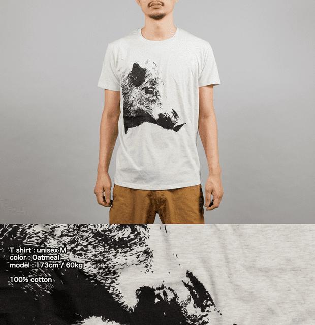 干支 猪(イノシシ年)デザインTシャツ 動物 男性モデル正面 シルクスクリーン印刷拡大