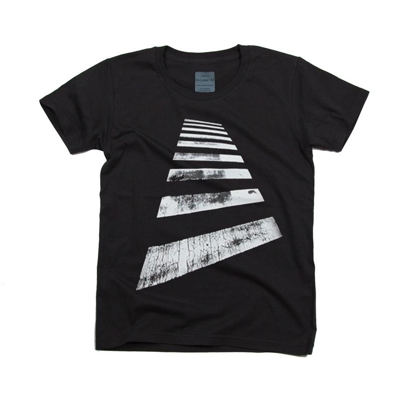 横断歩道 デザインTシャツ
