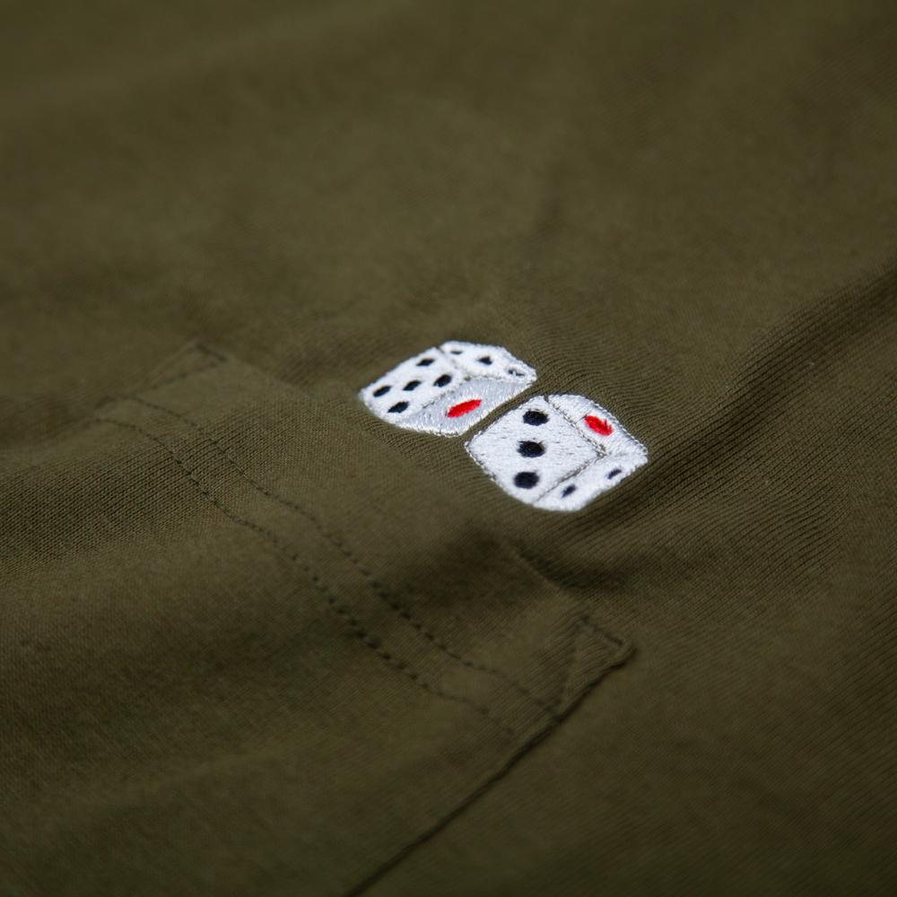 サイコロ 刺繍 ビックシルエット ポケットTシャツ 刺繍拡大