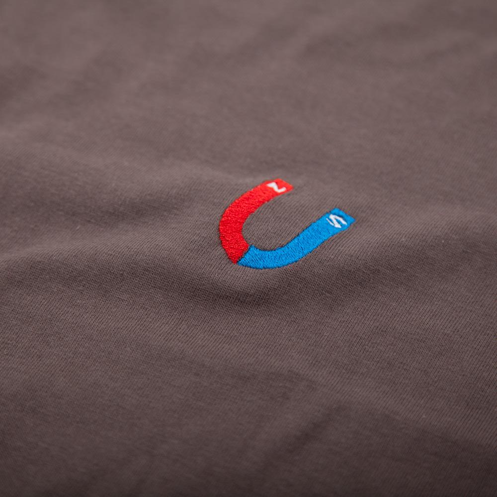 U字磁石 Tシャツ 刺繍拡大