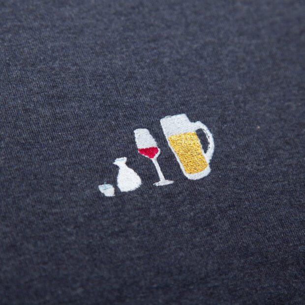 アルコールとわたし ユニセックス Tシャツ 刺繍拡大