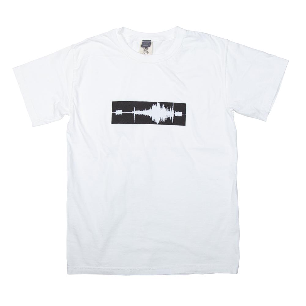 音楽 WAVE FILE ユニセックス Tシャツ
