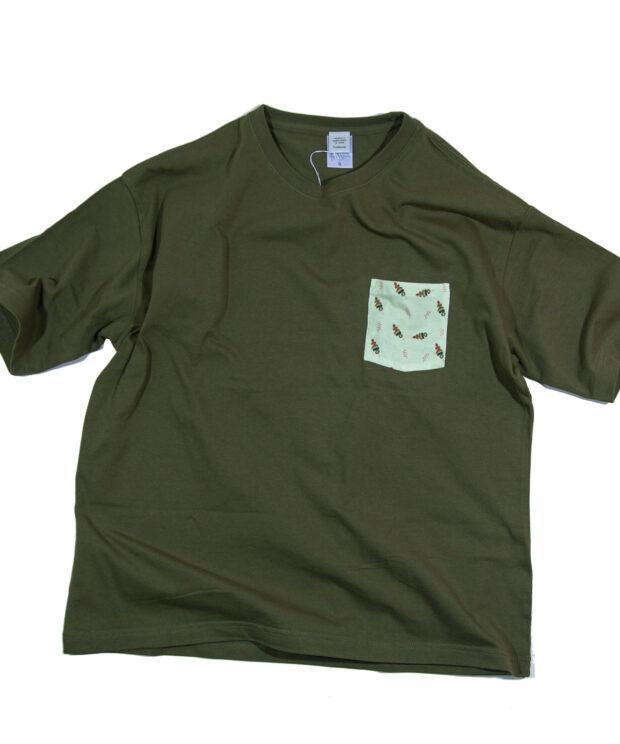ビッグシルエットバーベキューのポケットTシャツ
