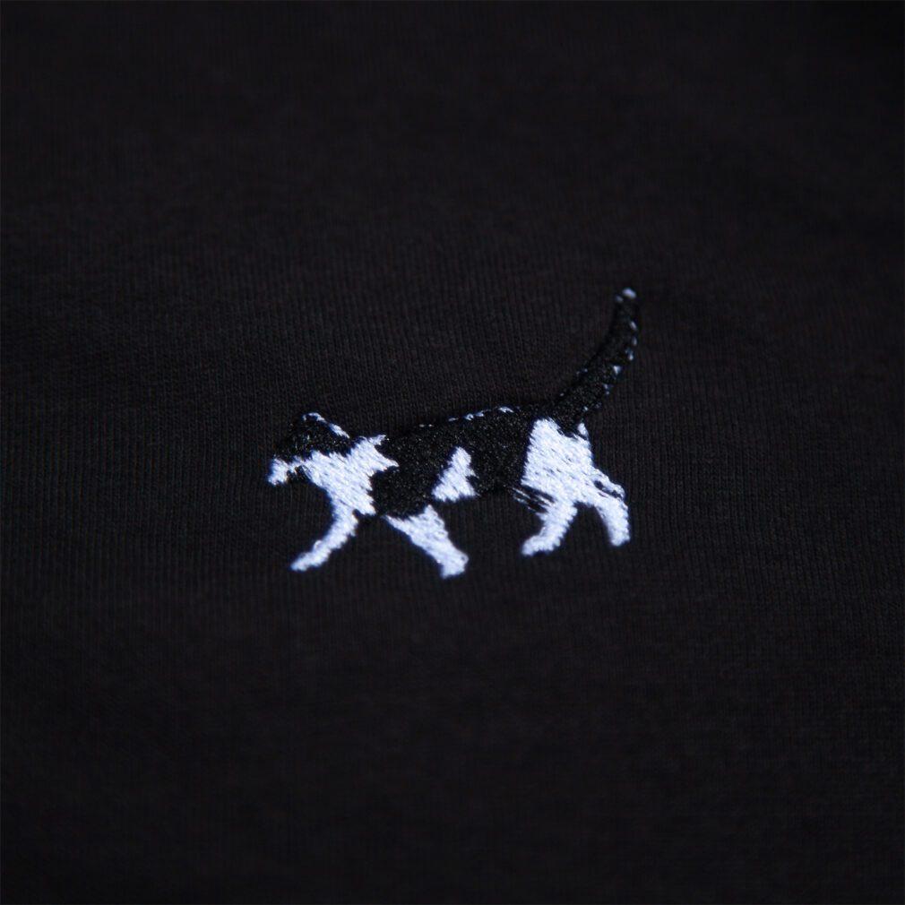 猫 刺しゅうレディースTシャツ